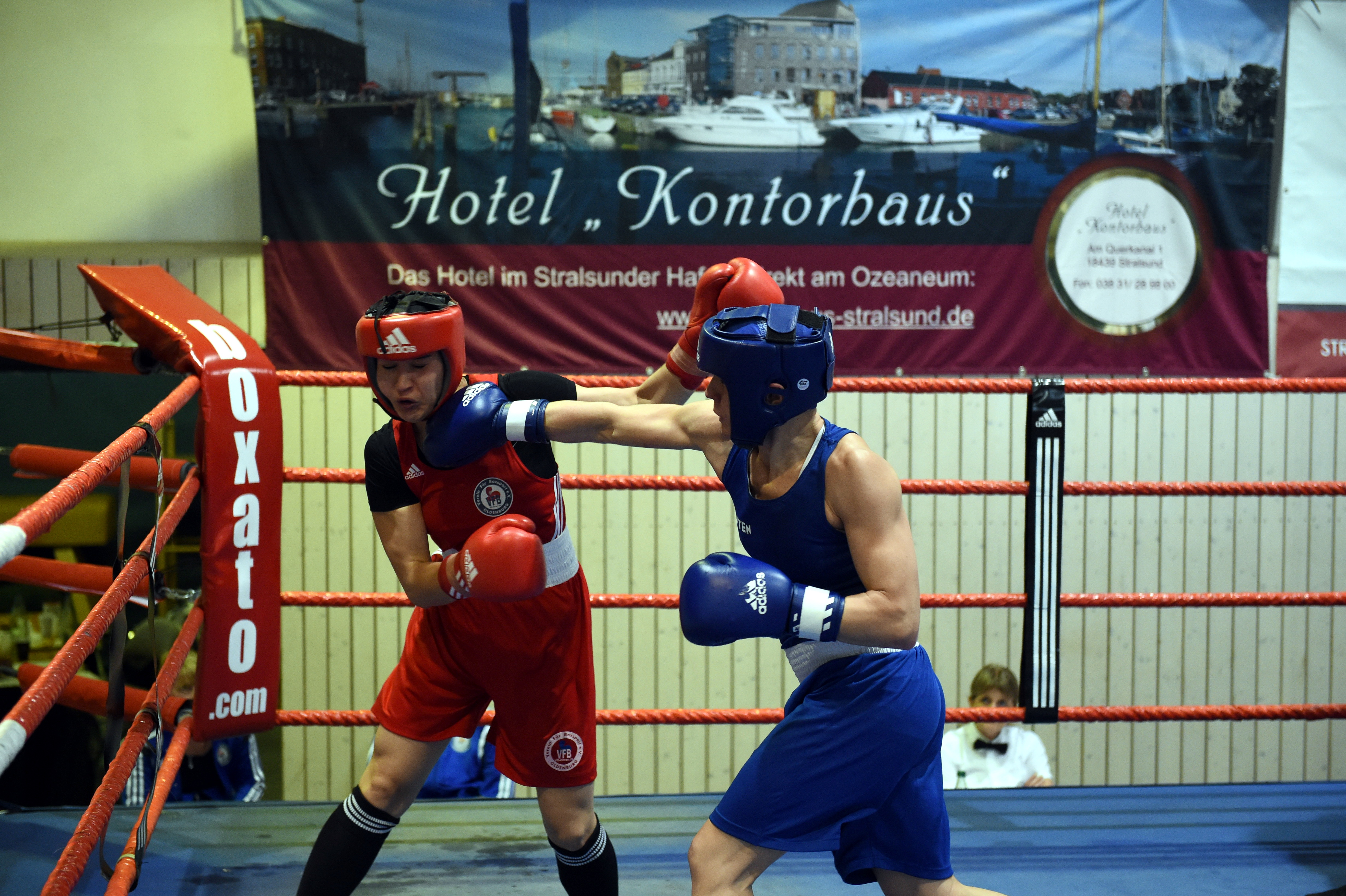 QUEENS CUP BOXING 2016